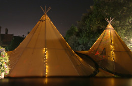 teepees at night 1800